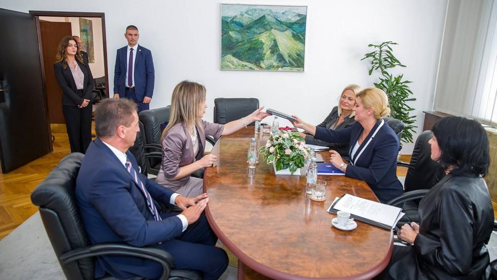 """Predsjednica RH Kolinda Grabar-Kitarović: """"Zajedno ćemo raditi na tome da Liku dodatno osnažimo"""""""