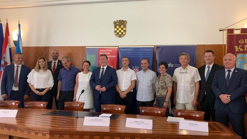 Šibensko-kninska županija: Potpisani ugovori vrijedni 8,5 milijuna kuna