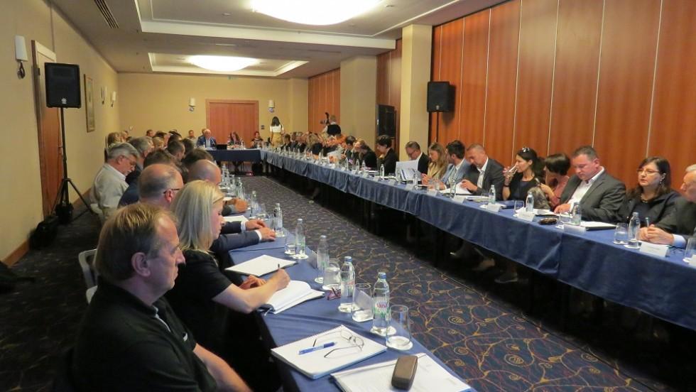 Novim paketom zakona do uravnoteženog regionalnog razvoja