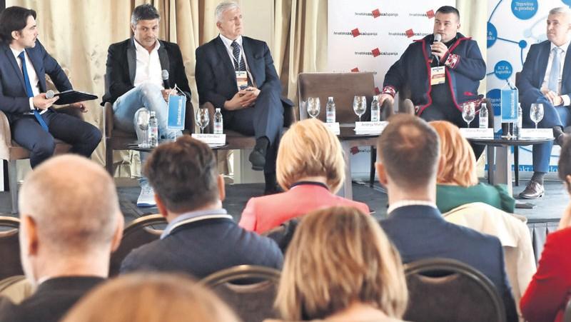 """Konferencija """"Hrvatska poljoprivreda - budućnost i tradicija"""": Proizvođačke organizacije su najbolje što se dogodilo posljednjih godina"""