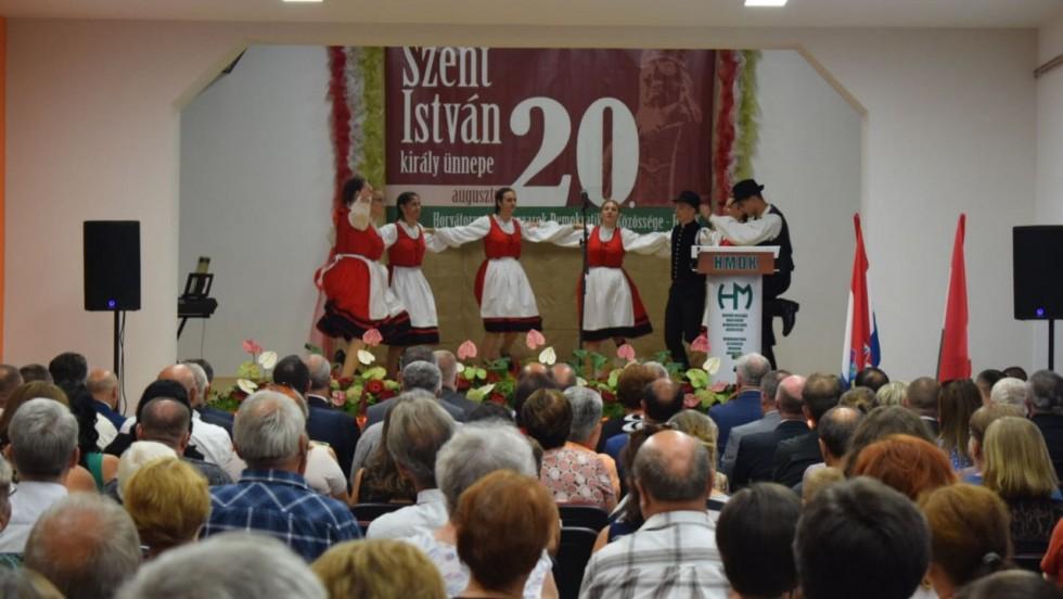 Vukovarsko-srijemska županija: Svečano otvoren Dom kulture u Korođu