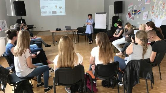 "Projekt LADDER: Osvrt na mikroprojekt ""So young, so equal"""