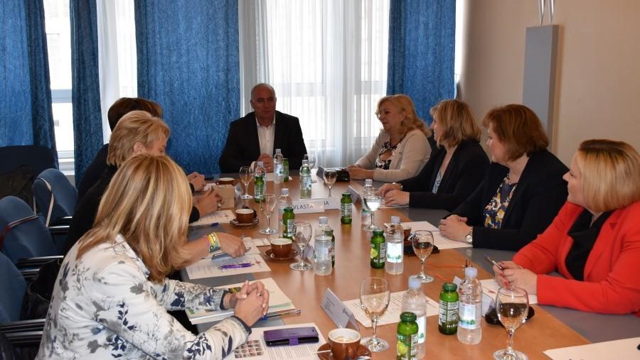 Okupljanje žena aktivnih u lokalnoj i regionalnoj politici u Šibeniku