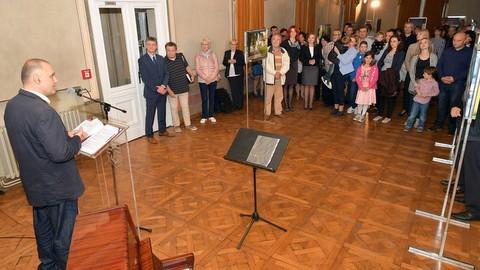 """Izložba fotografija """"Volim svoju županiju"""" do 23. listopada u Karlovcu"""